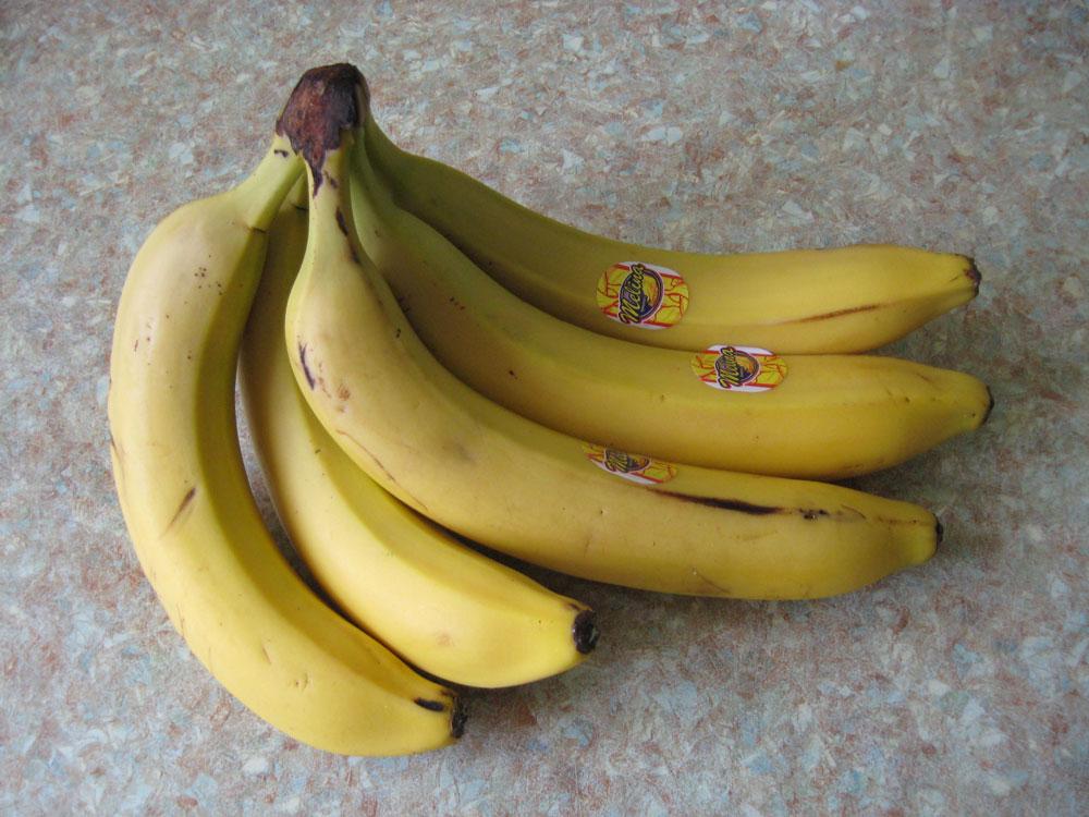 Банан - значение наклеек