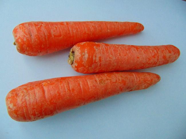 При недостатке ретинола советуют есть морковь