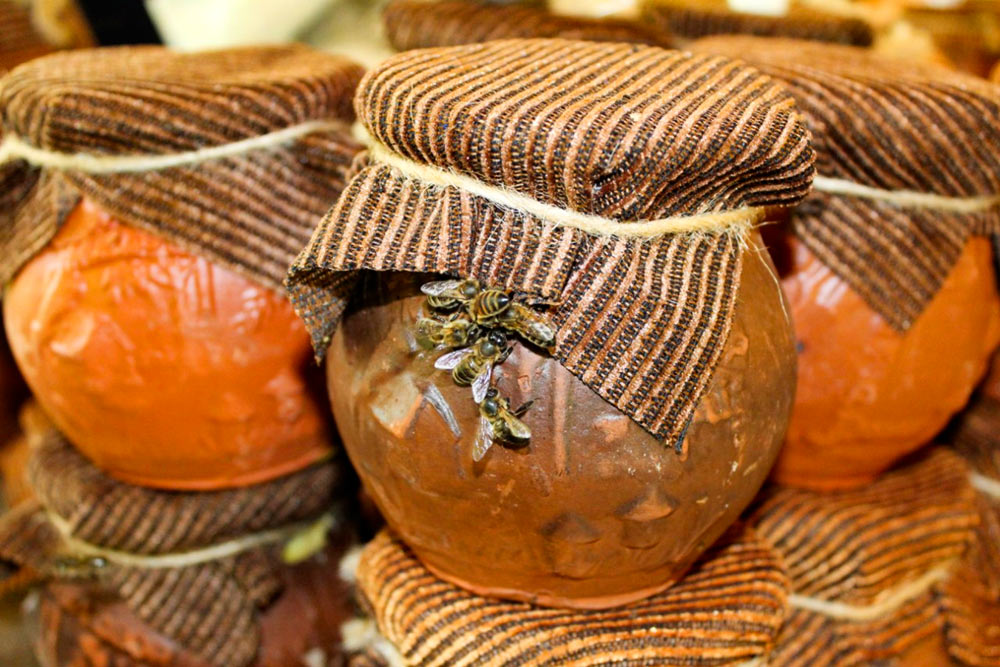 Мед при запоре